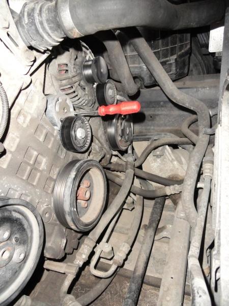 Замена ролика натяжителя ремня генератора bmw e90 Ремонт катализатора шевроле кобальт 2013